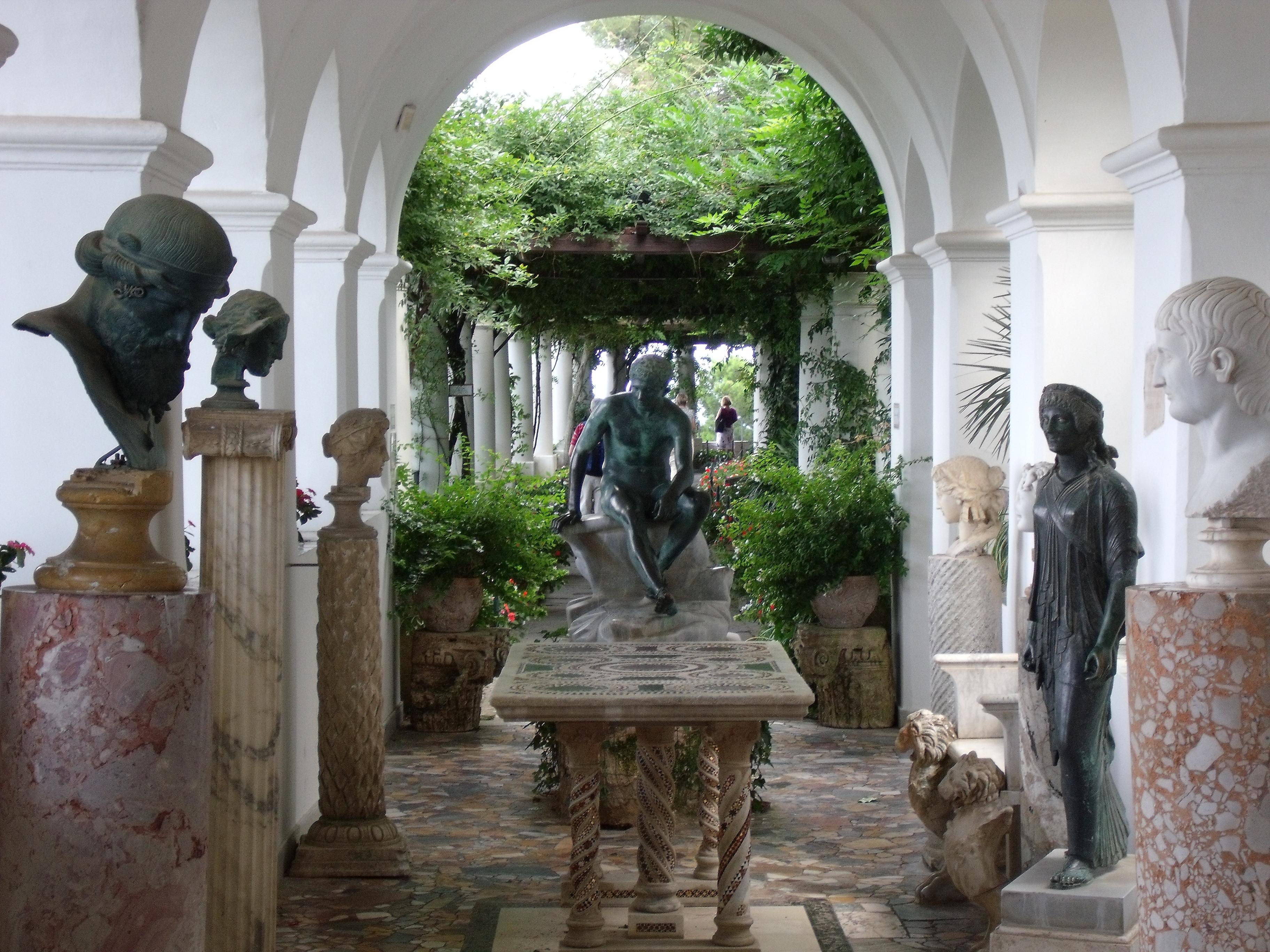 Naples jour 4 voyages en italie for Capri villa