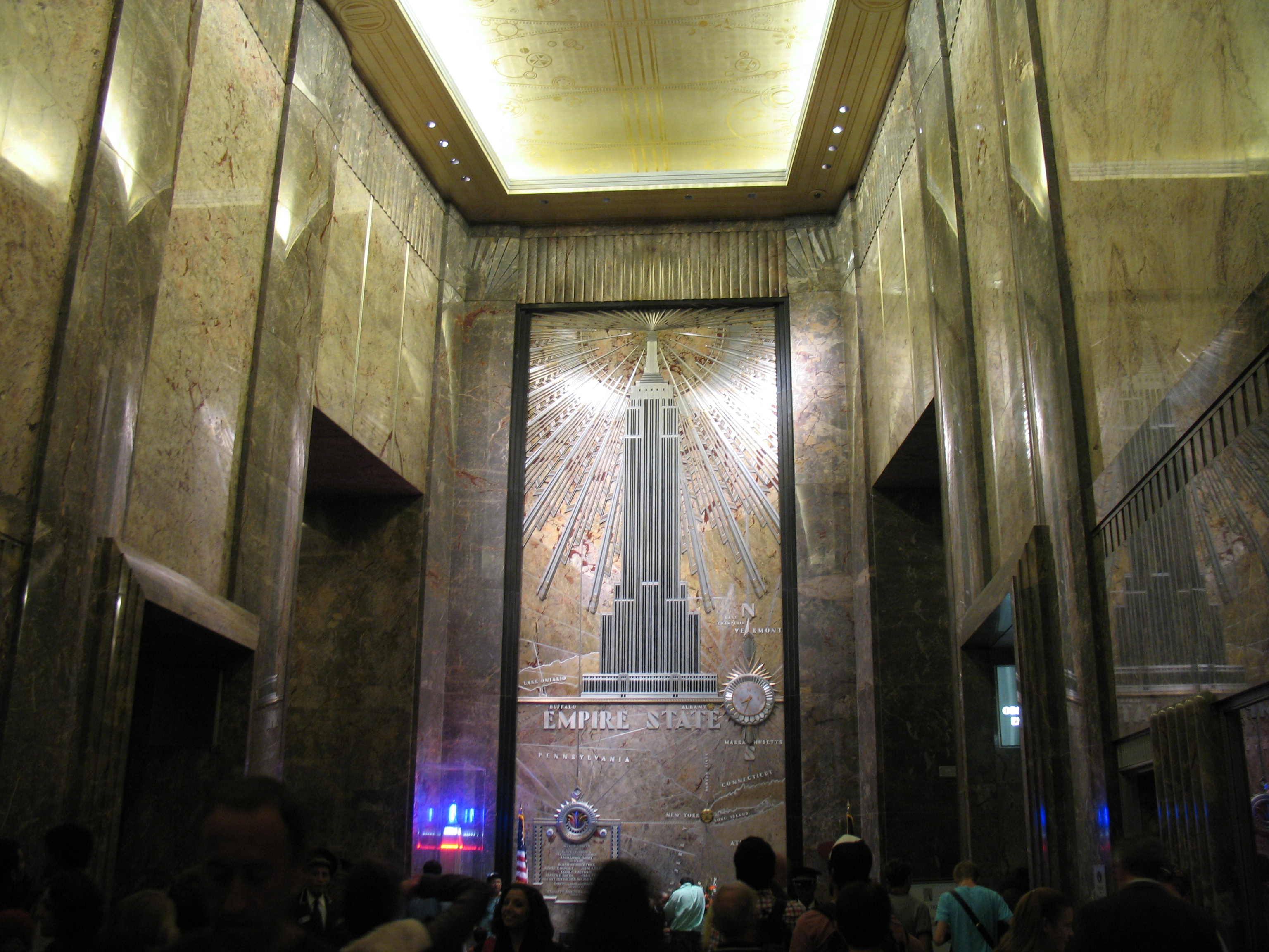 Empire state building interieur 28 images fifth avenue for Algerie ministere interieur